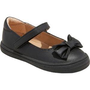 NWT Girl's Black Mary Jane Shoe